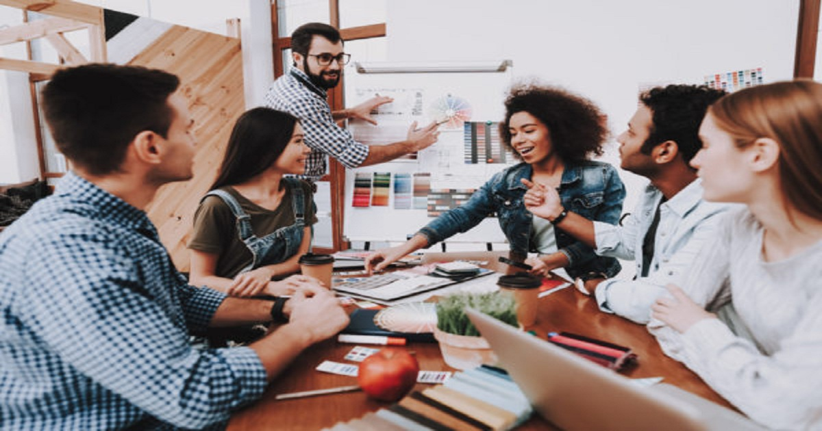 How to Build an Effective Internal Marketing Team by Working with External Agencies